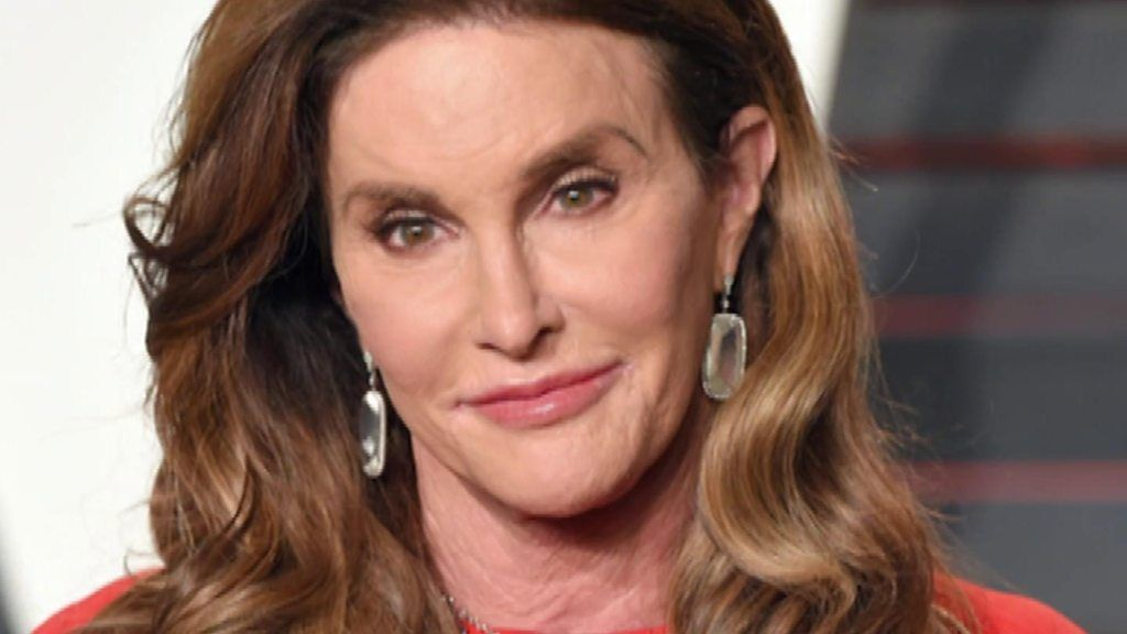 jenner jewish single women Caitlyn jenner is still a cougar — with the national enquirer catching the transgendered beauty out with her young caitlyn jenner & her younger woman hit.