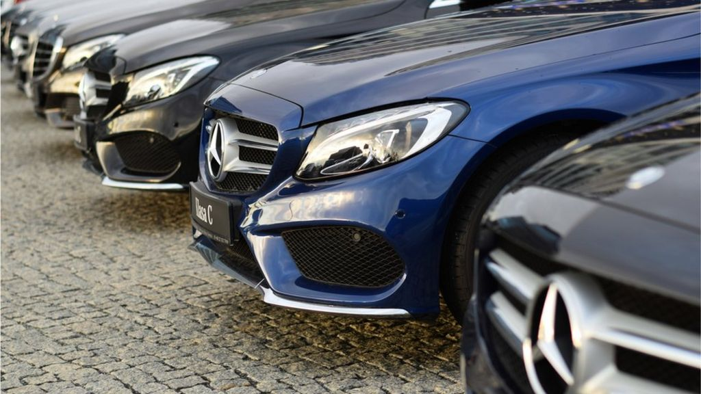 Daimler recalls 400,000 Mercedes-Benz cars in the UK