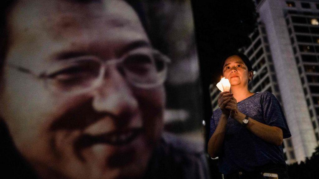Liu Xiaobo: Western doctors contradict China on Nobel laureate's cancer