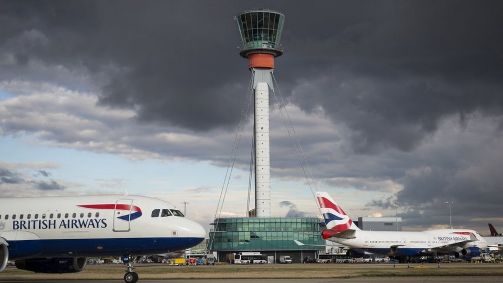'Cheaper' Heathrow airport third runway plans proposed