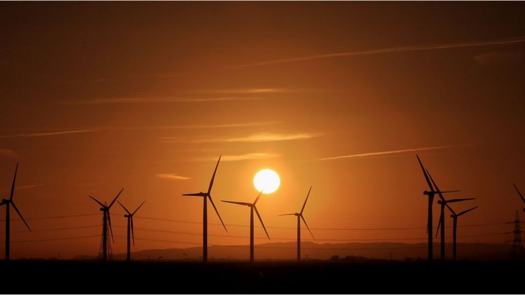 UK 'had greenest year for electricity'