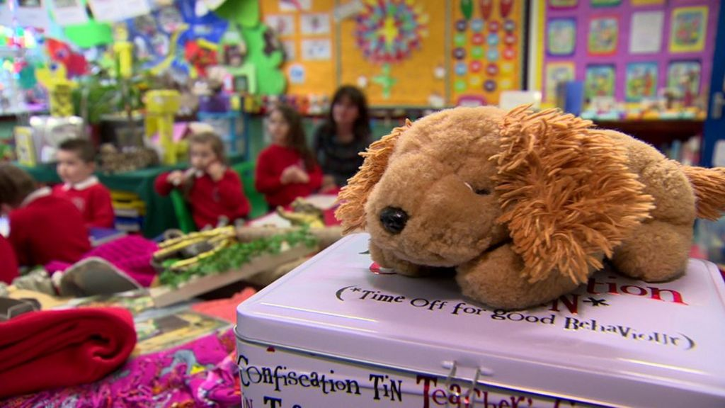 Hundreds of NI schools 'in the red'