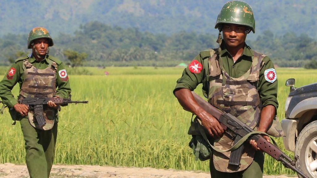 Myanmar army kills 25 in Rohingya villages - BBC News