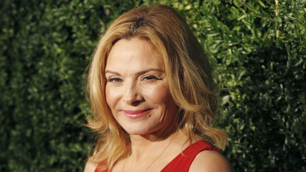 Kim Cattrall: Insomnia behind play departure - BBC News Kim Cattrall Insomnia