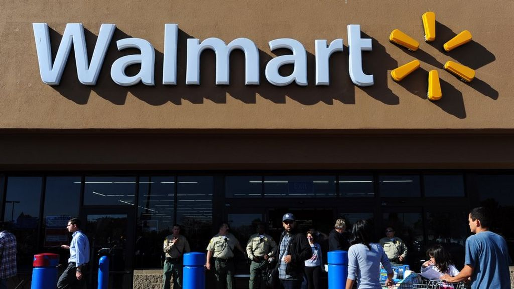 Walmart sorry for 'horrible' gun display