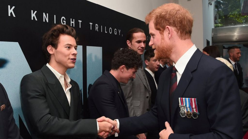 Dunkirk world premiere: Prince Harry meets veterans and stars