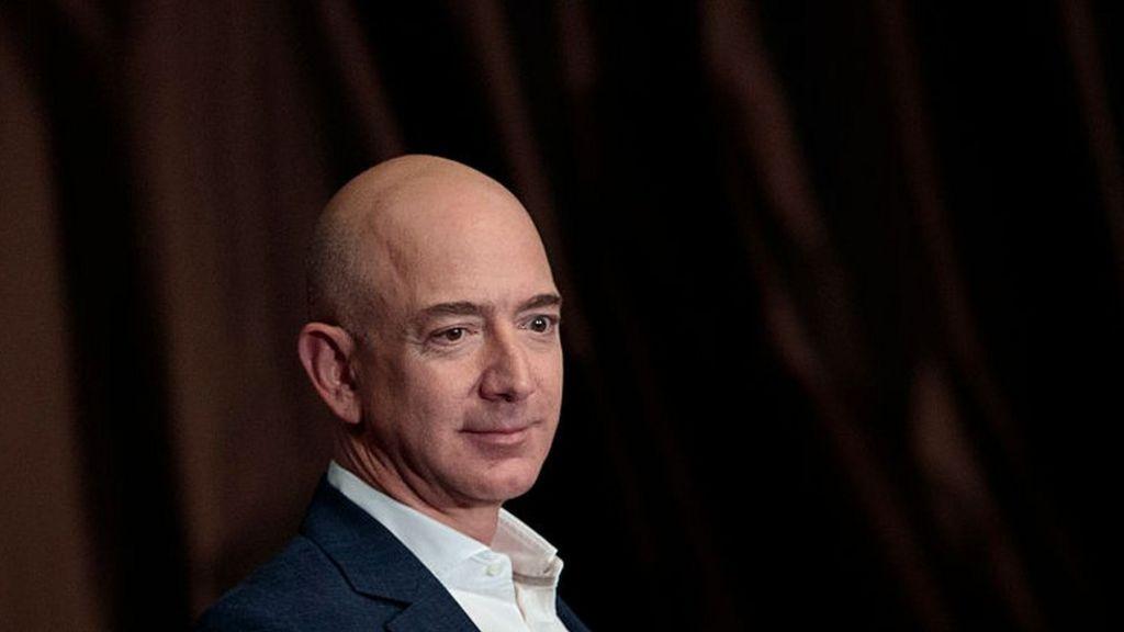 Jeff Bezos: Amazon founder is world's new richest man