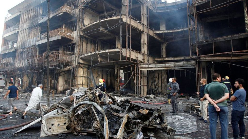 Iraq violence: IS bombing kills 125 Ramadan shoppers in Baghdad
