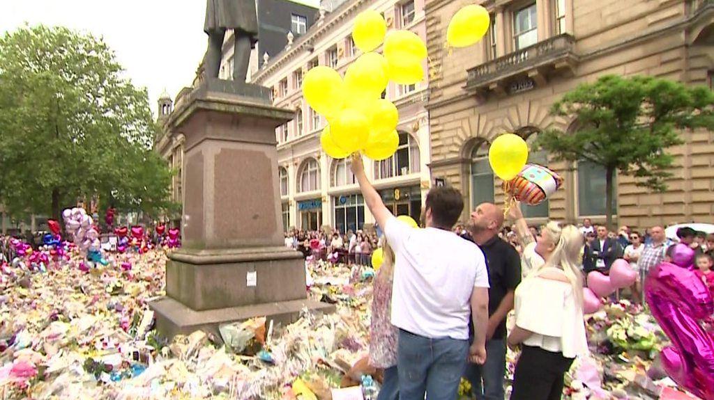 Manchester attack: Balloon tribute for Georgina Callander