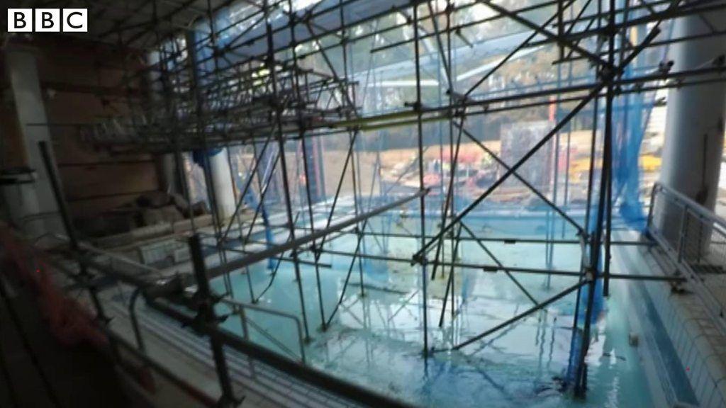 Coral Reef Bracknell 13m Rebuild 39 On Track 39 Bbc News