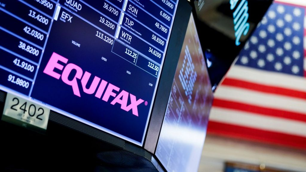Equifax boss leaves after data breach