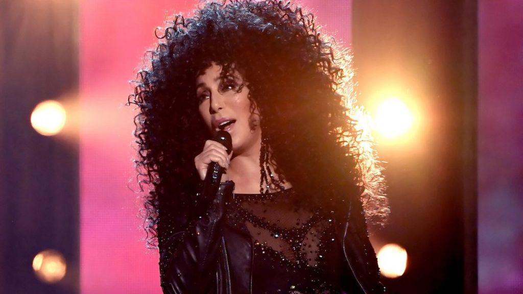 Cher to appear in Mamma Mia sequel