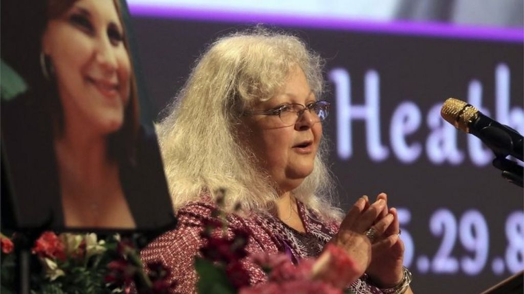 Charlottesville victim's mum rebukes Trump - BBC News