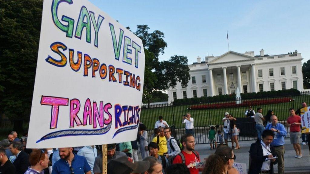 Judge blocks Trump's transgender military ban