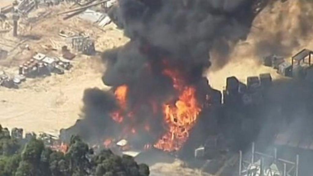 South Australia fire tears through farm land