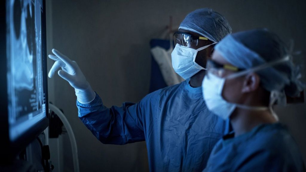 Surgery waiting numbers highest in decade, says NHS England