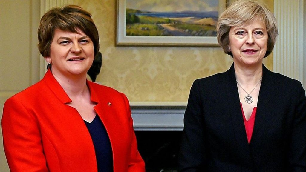 Deal over UK minority government 'close'