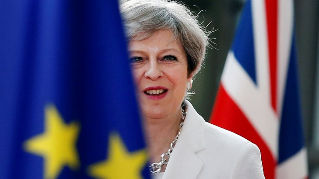 Brexit: PM appeals to backbench Tories over repeal bill