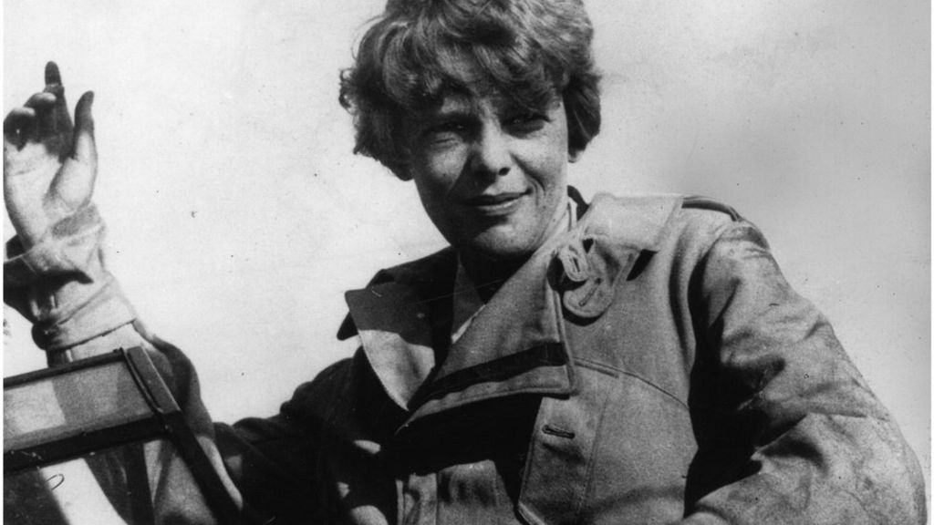 Amelia Earhart: Does a blurry photo prove she died a Japanese prisoner?