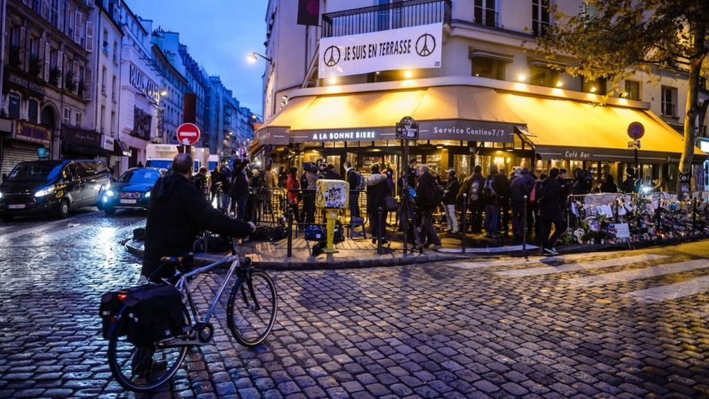 Paris attacks cafe bonne biere becomes first target to for Acheter chambre de bonne a paris