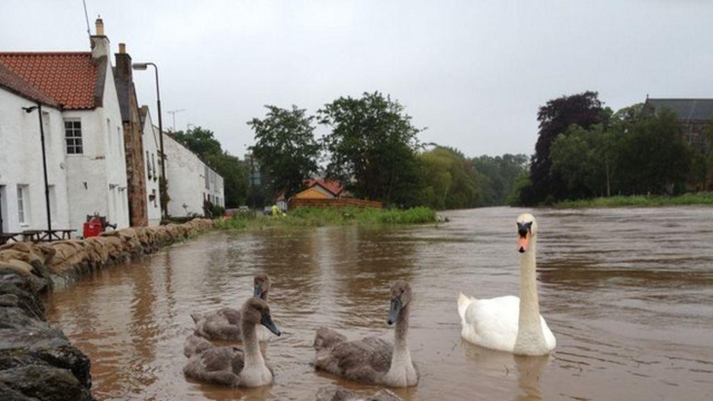 flooding hits parts of scotland