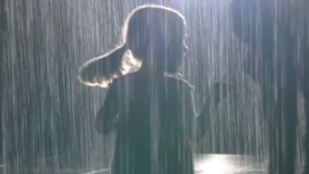 Barbican S Rain Room Artist