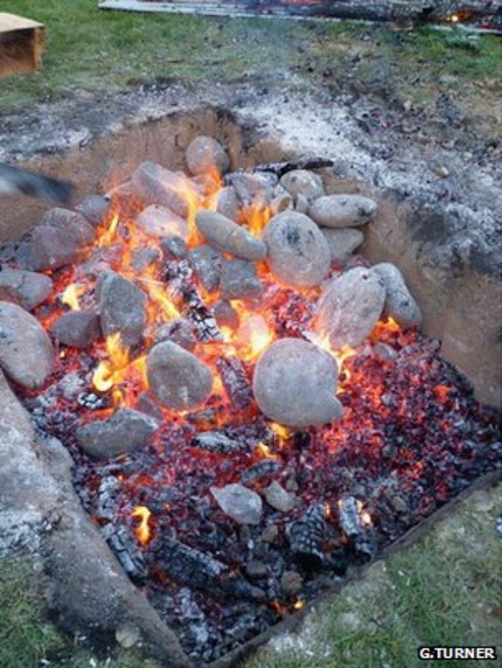New Zealand Maori Hangi: Maori Stones Hold Magnetic Clues