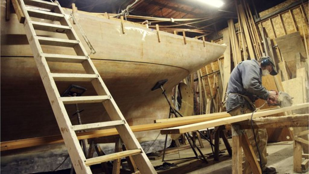 One man's eight-year effort to build a wooden ship by hand - BBC News