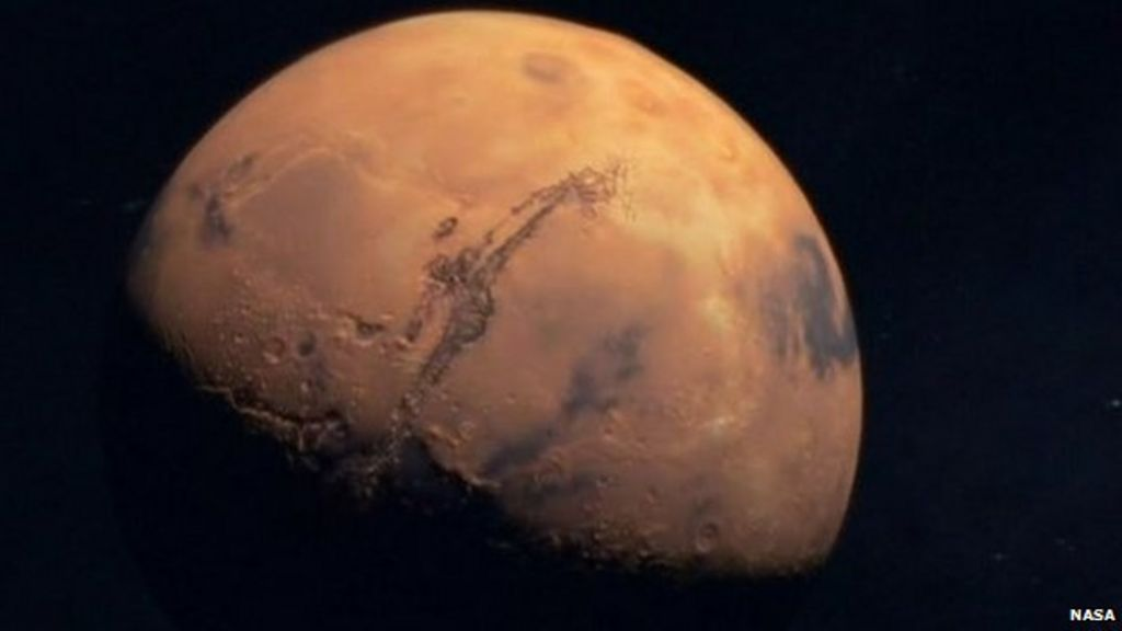 Applicants wanted for a one-way ticket to Mars - BBC News