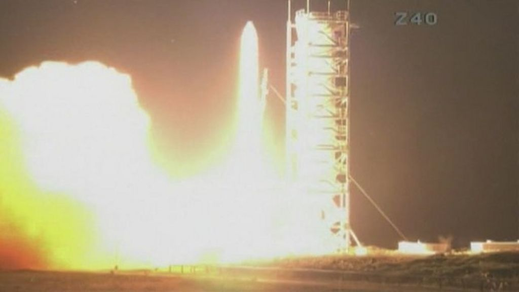 Lift-off for Nasa's LADEE Moon mission - BBC News
