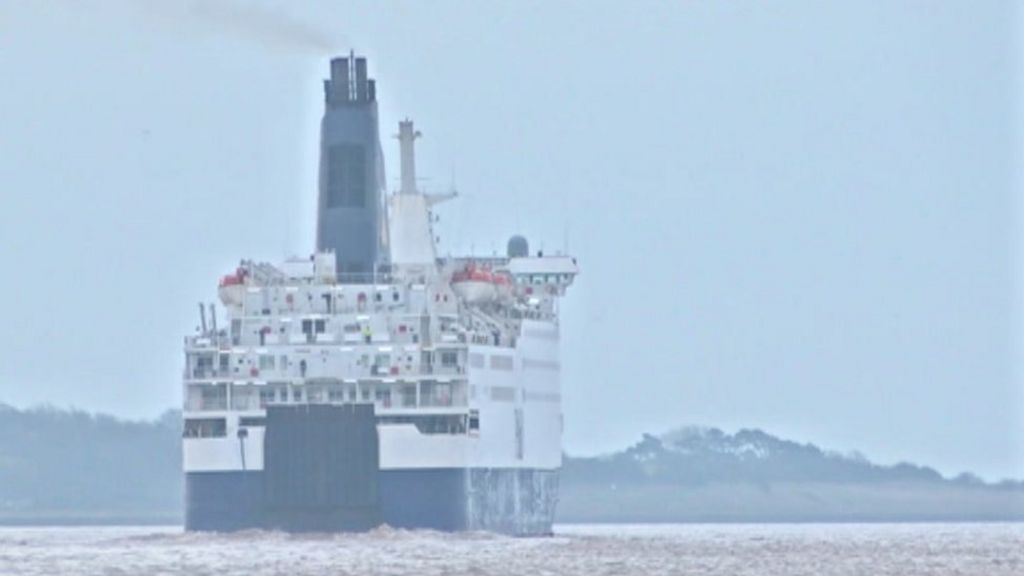 P o hull to zeebrugge ferry delayed after dock gate crash bbc news - Where is zeebrugge ferry port ...