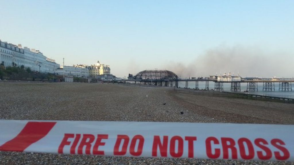Police 'pleased' with Eastbourne pier fire response - BBC News