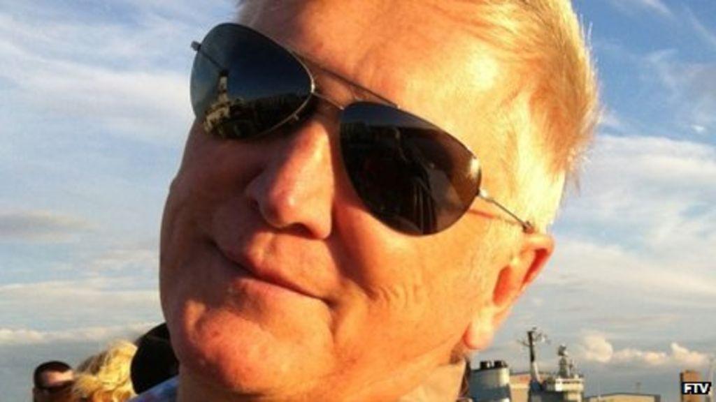 Radio 1 News: Mike Smith, Former Radio 1 DJ, Dies Aged 59