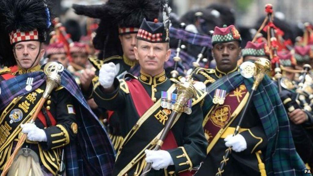 Royal edinburgh military tattoo sells out bbc news for Scotland military tattoo
