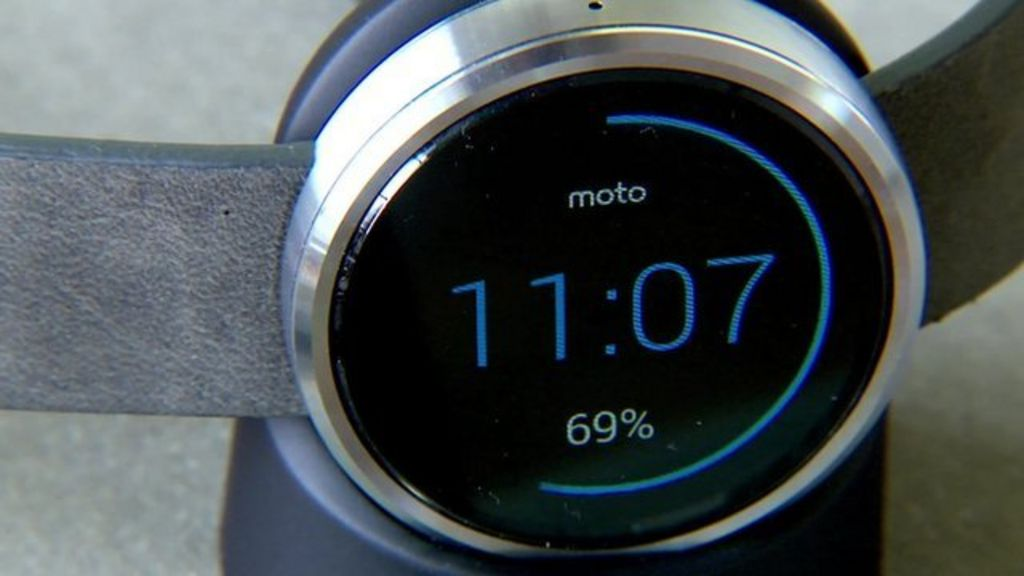 Moto 360 Circular Smartwatch Released by Motorola