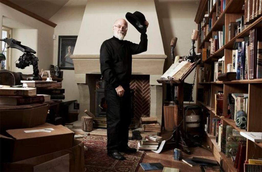 Sir Terry Pratchett, renowned fantasy author, dies aged 66 - BBC News