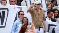 """A boat carrying supporters for a """" remain"""" vote in the EU referendum including Irish singer Bob Geldof"""