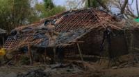 Damaged building on Shah Pari
