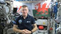 Maj Tim Peake with the Welsh flag