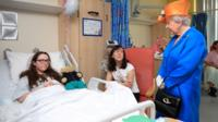 Queen meets with Amy Barlow at Manchester Children's Hospital