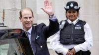 """Britain""""s Prince Edward, the Earl of Wessex, waves to the press as he leaves the London Clinic, where Britain""""s Prince Philip, Duke of Edinburgh, is recovering following an exploratory abdominal surgery,"""