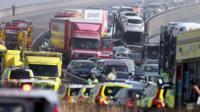 Vehicles piled up amid Kent crash