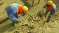 Archeologists working on the ancient burial site in the region of Lamabyeque