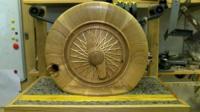 Wheel birdbox