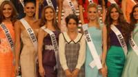 Billie JD Porter with Miss Venezuela contestants