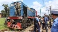 Train with MH17 bodies arrives in Kharkiv (22 July)