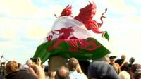 dragon memorial is unveiled