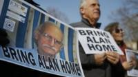 Protesters call for the return of Alan Gross