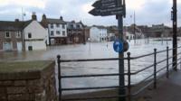 River Nith floods Dumfries