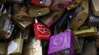 'Love locks' on Pont des Arts